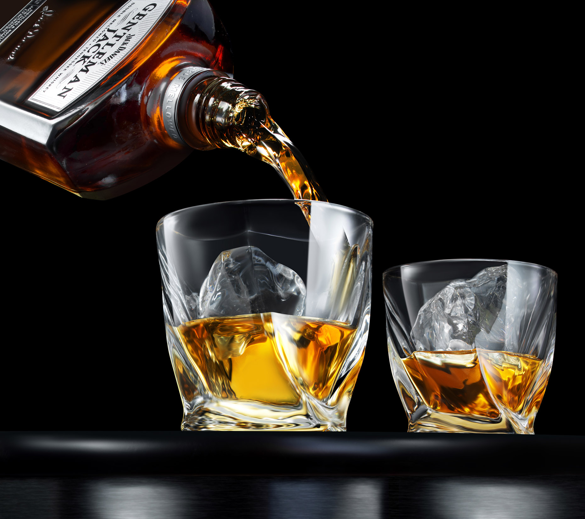 New-york-liquid-phtography-New-York-beverage-photographer-Jack-Daniels-Pour