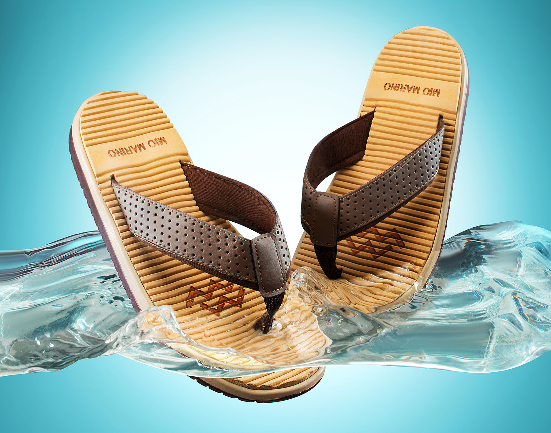 New-york-luxury-still-life-splash-studio-Marino-flip-flops2