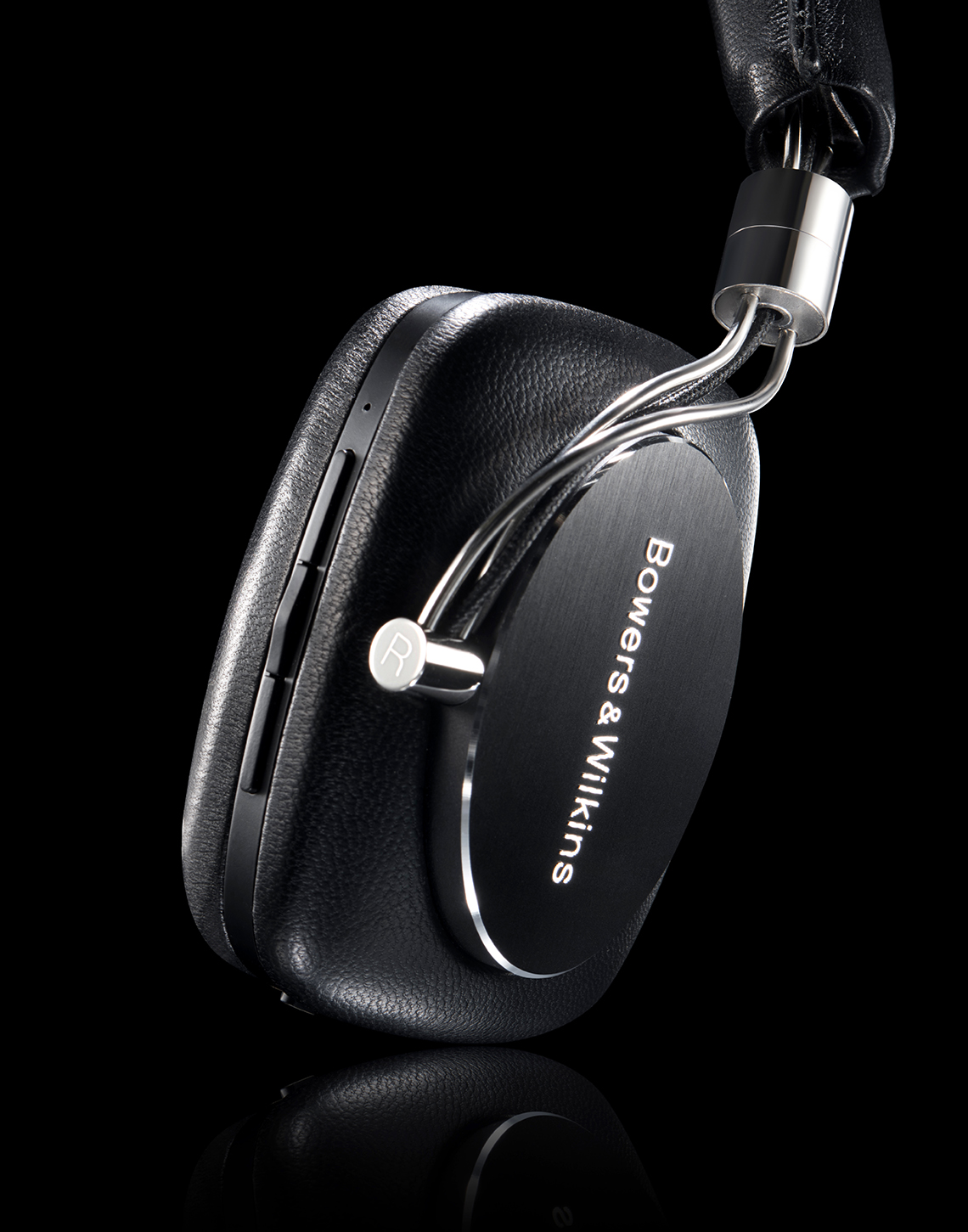 New-york-still-life-photography-studio-master-headphones
